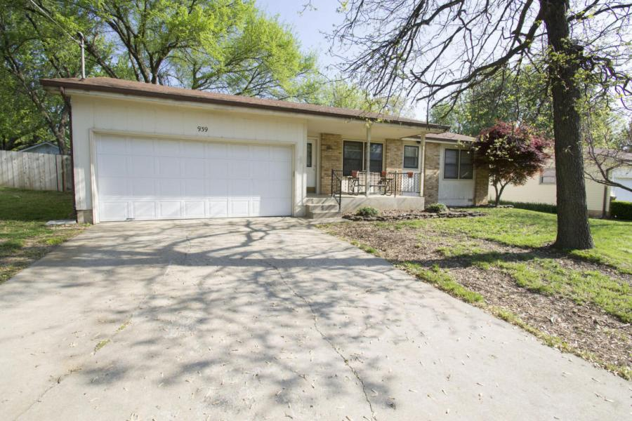 939 East Camorene Street, Springfield in Greene County, MO 65803 Home for Sale