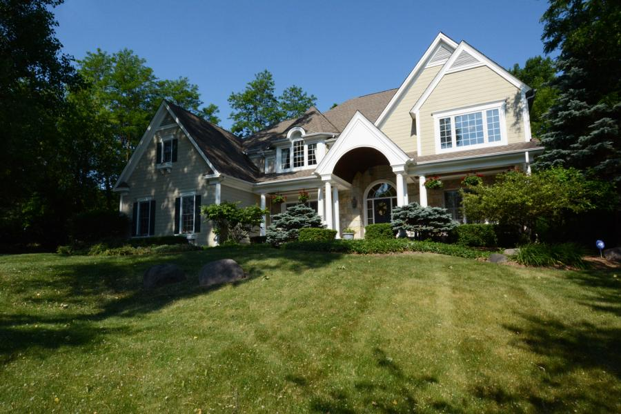 7219 Horseshoe Court, Cary, Illinois
