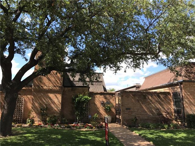 3215 Stonehenge Lane, Carrollton in Dallas County, TX 75006 Home for Sale