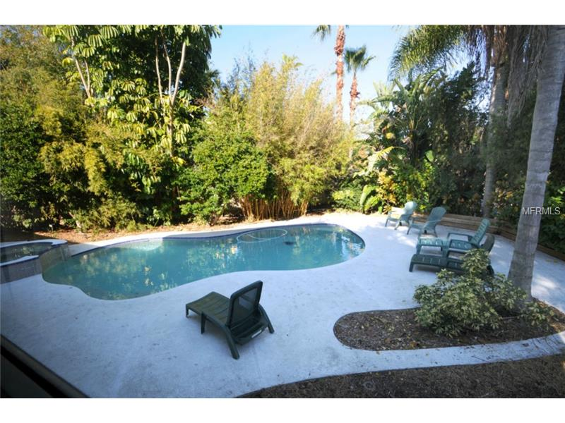 One of Palm Harbor 3 Bedroom Waterfront Homes for Sale